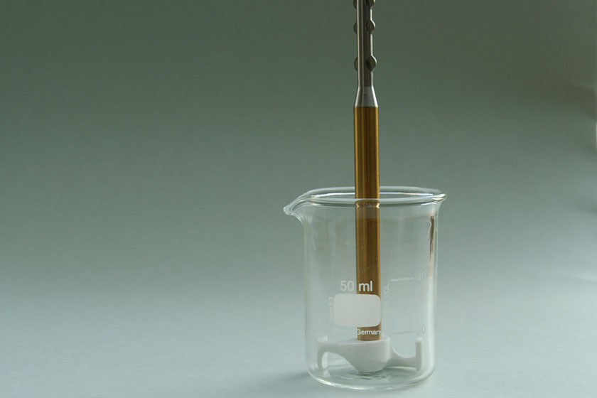 Flügelrührer 30 ml im Becherglas