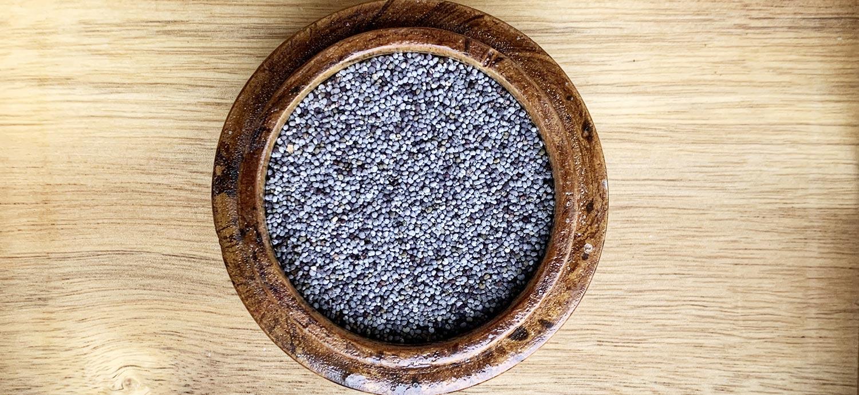 Mohnsamen, aus denen Mohnöl gepresst wird