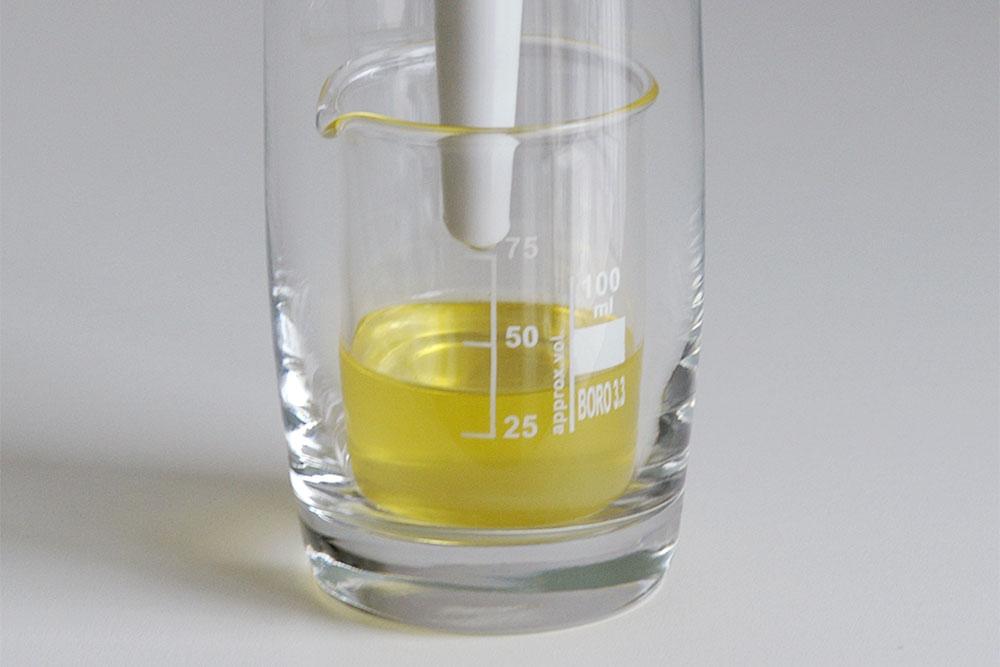 Öl filtern mit dem Büchnertrichter