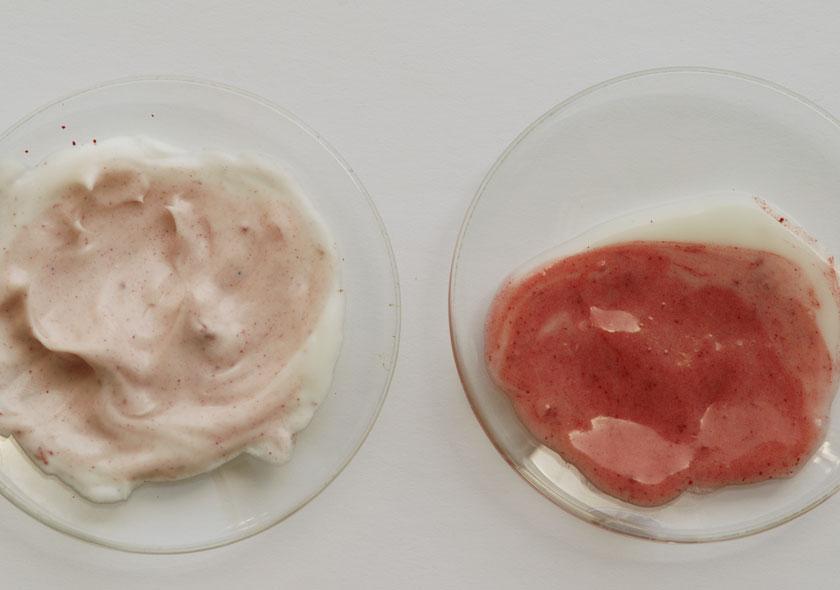 Anfärben von Emulsionen mit Lamecreme und Tego® SMS mit Sudanrot